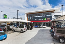 EVERTON WOOLWORTHS SHOPPING CENTRE & MASTERS HOME IMPROVEMENT EVERTON PARK (QUEENSLAND)
